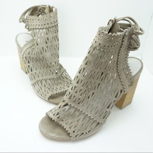 Jeffrey Campbell taupe heels size 9